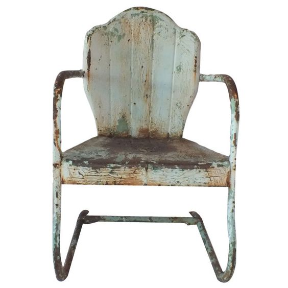 Garden chair with lots of charm and patina!