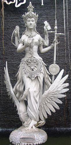 Dewi Saraswati's Statue...
