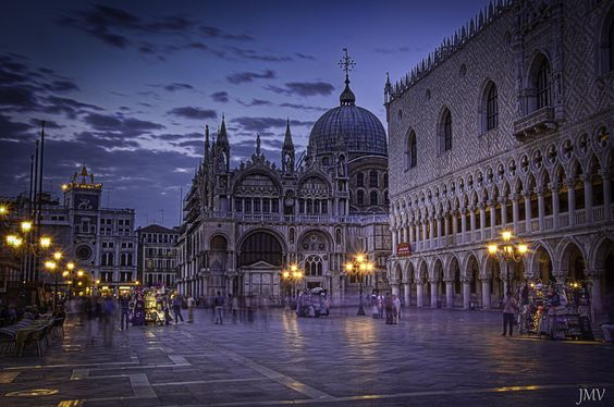 St Marks Square, Venice... Love sitting on the square at night, listening to the opera wafting through the cool night air, sipping a cappuccino and enjoying an Italian pastry... Heaven.