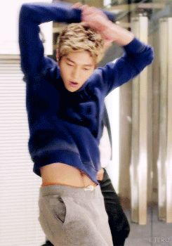 Omg he show his ABS | Everything •K-Pop• | Pinterest ...