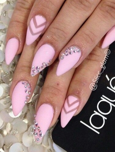 Pointy Nails With Rhinestones
