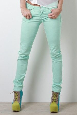 Just got these - so comfortable and the mint color is so trendy! UrbanOG, $36.90 | Refreshing Mojito Jeans