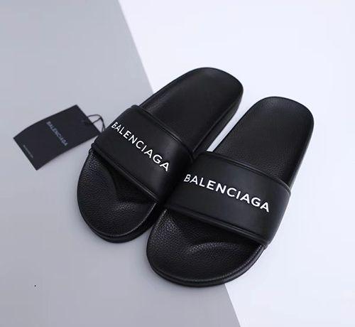 Balenciaga Slipper II (Black