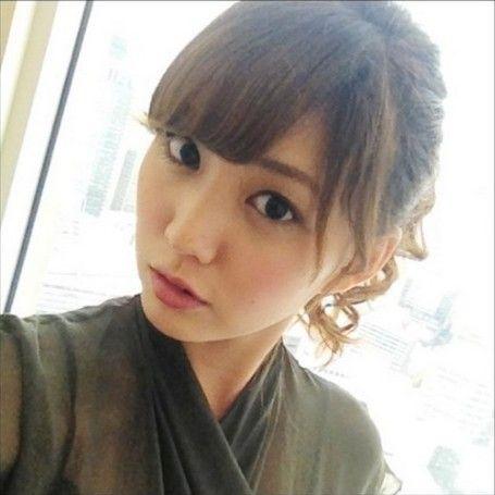 岩崎名美(Nami Iwasaki)  (via http://ameblo.jp/nami-iwasaki/image-11504594222-12487182789.html )