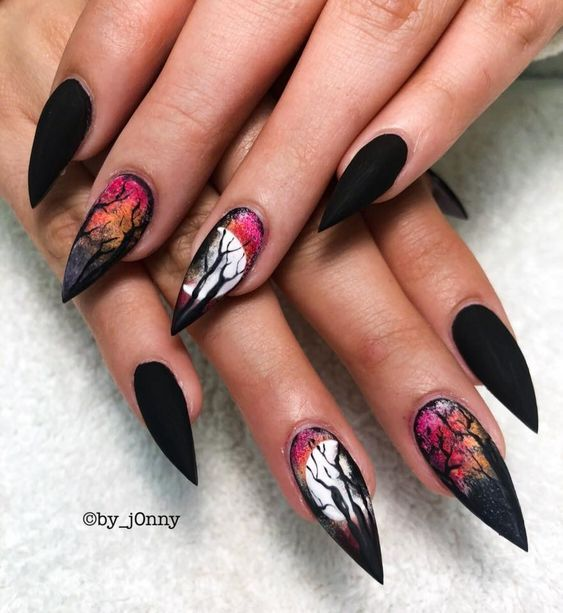 27 Cool Black Stiletto nail designs for your inspiration