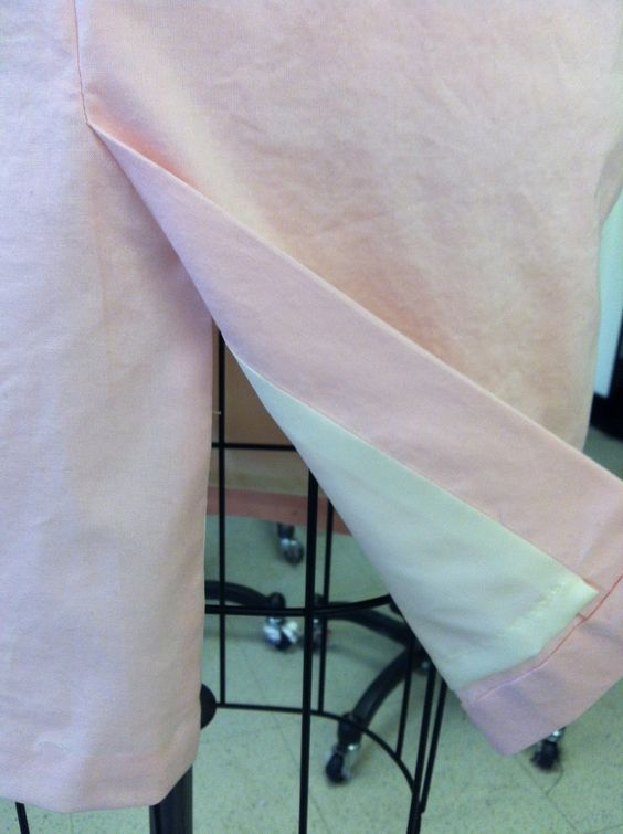 The Traveling Seamstress: Post with how to do a lined kick pleat
