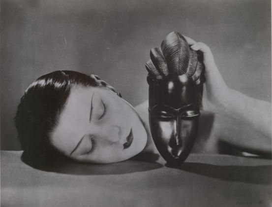 Kiki with African mask by Man Ray (1926)