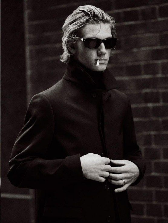 full-alex-pettyfer-fashion-168191826.jpg (555×738):