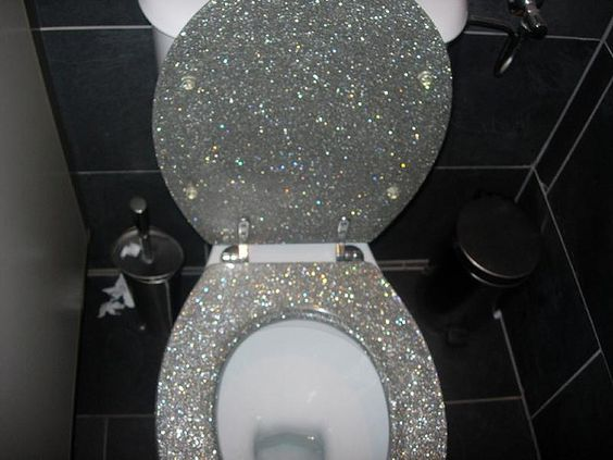 I WILL have a glittered toilet seat one day!!