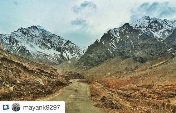 #Repost @mayank9297 with @repostapp. To get featured tag your posts with #talestreet  The Road of heaven on earth.... #himalayas #raidthehimalaya #tripoto #inddiethumpers #thumperland #ft #raidthehimalayas #mahindra #scorpio #4wd #rangada #roadtrippin  @#Repost @mayank9297 with @repostapp.  The Road of heaven on earth.... #himalayas #raidthehimalaya #tripoto #inddiethumpers #thumperland #ft #raidthehimalayas #mahindra #scorpio #4wd #rangada #roadtrippin #travel #traveler #travelgram…