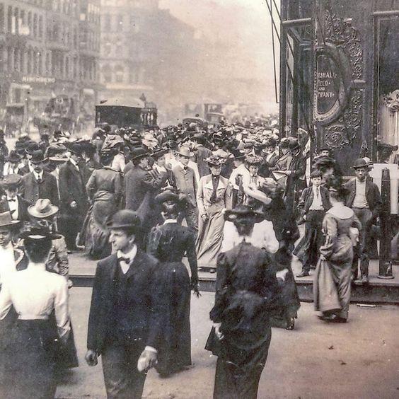 State Street North Marshal Field's corner, at Washington, 1895. Chicago.