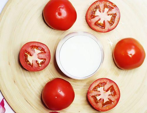 Hỗn hợp sữa tươi và cà chua