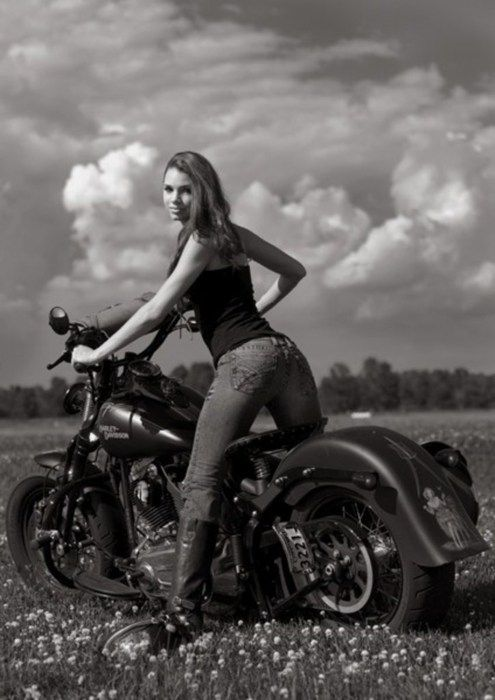 girl love harley-davidson http://harleyridersdating.com