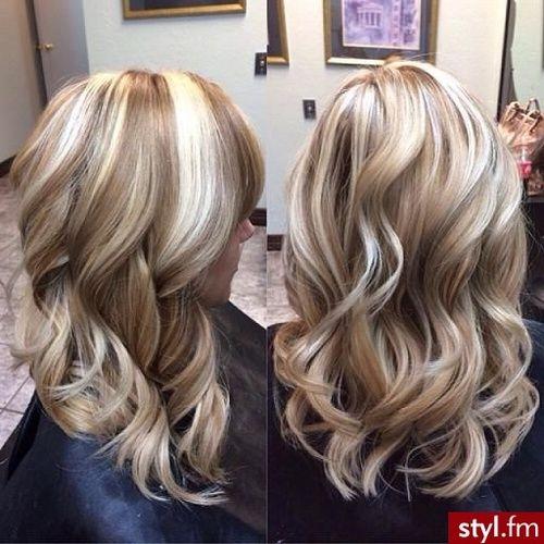 Blonde highlights. I LOVE THIS. I want this hair color sooooo bad !