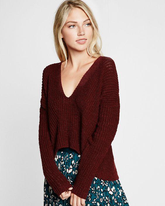 dark red textured knit v-neck split back sweater Size:XS
