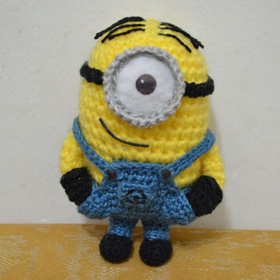 Free Crochet Patterns For Minion Toys : Amigurumi Minion Stuart - FREE Crochet Pattern / Tutorial ...
