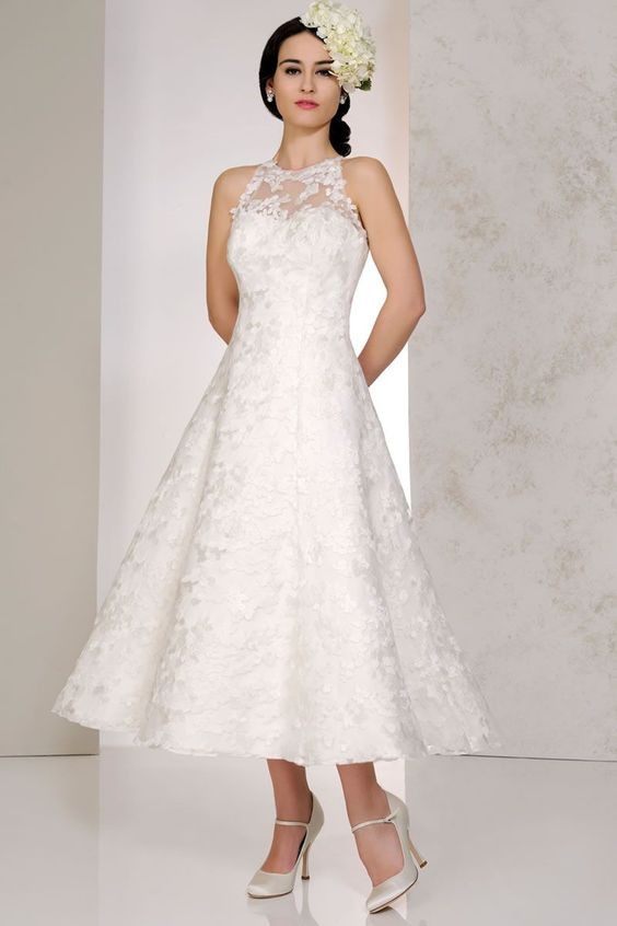 Wedding Gowns For Short Curvy Brides : Wedding dresses for short curvy brides google search the