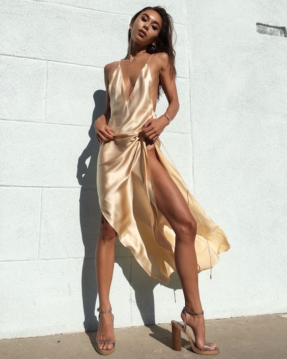 Walk into the room dripping in gold ⚡️ #Ayai #Nyissa #gold | @sommerswim: