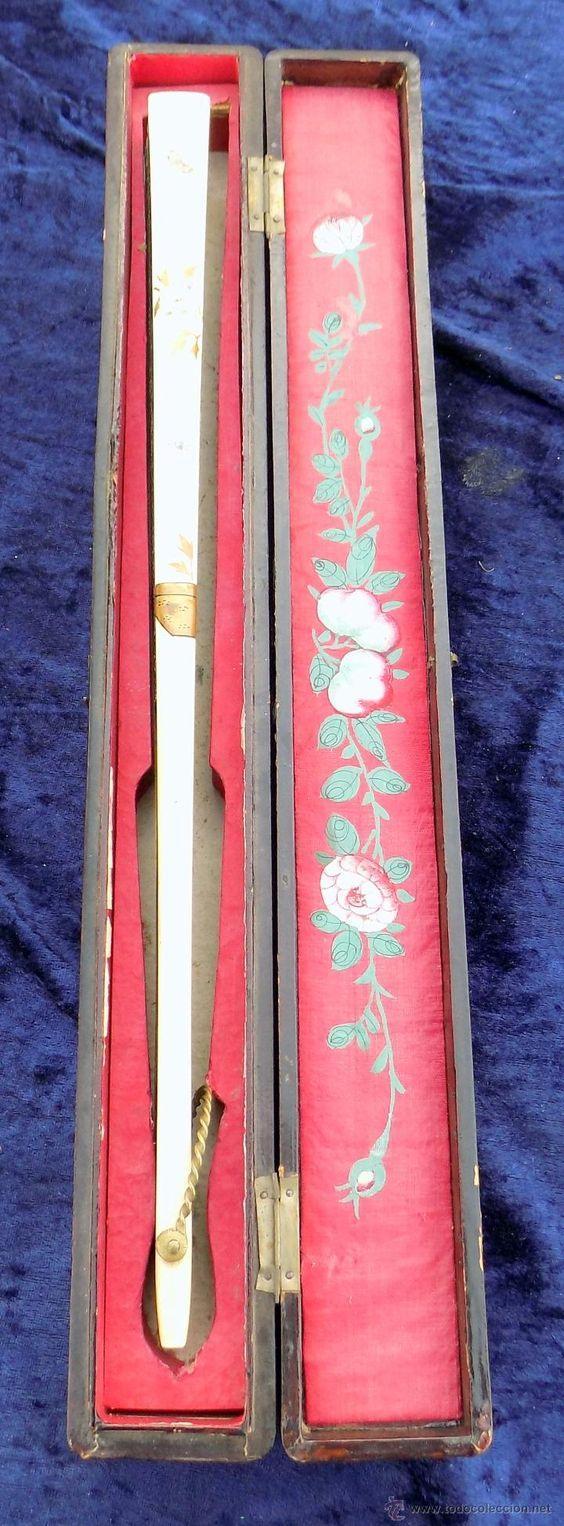 Antigüedades: precioso abanico antiguo, con caja, varillas laterales marfil o hueso, pintado a mano - Foto 4 - 54263981