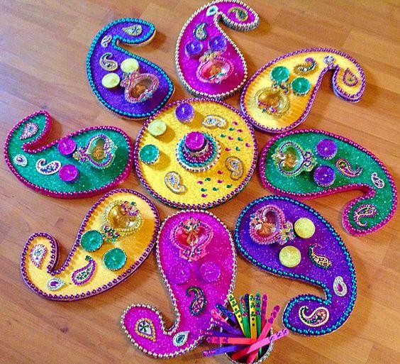 Diy Mehndi Plates : Hand made mehndi plates in vibrant purple green and