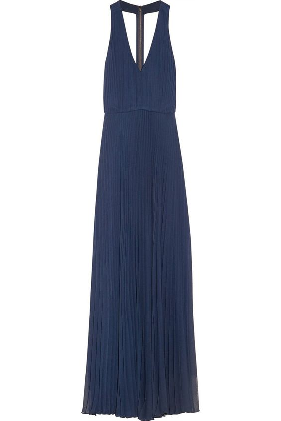 Pin for Later: Les 8 robes que toutes les femmes doivent avoir ! Une robe habillée Alice + Olivia Robe Longue En Soie (325 €).