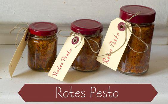 Lecker und selbst gemacht – Rotes Pesto › Essen & Getränke › DIY Geschenke, Essen verschenken, Pesto selber machen, Rezept Pesto, Rotes Pest...