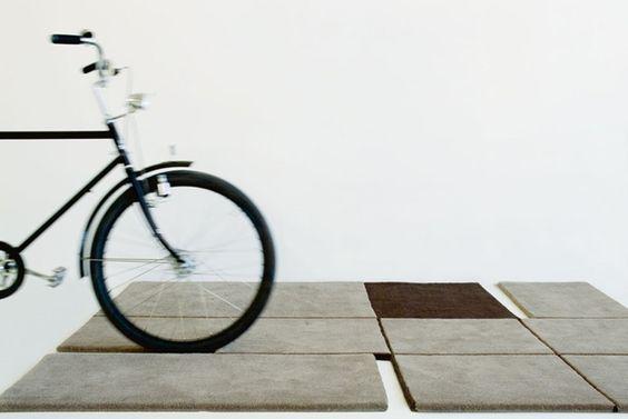 Prijzen via E-SHOP: De A180 ontworpen door Francesc  Rife is een zeer modern design tapijt, hand getuft en vervaardigd van 100 procent wol met katoen achterkant. Het vloerkleed heeft een uniek ontwerp met een neutraal palet aan kleuren. De Gandia Blasco e -