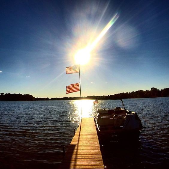 Weekend at the lake #americanisland