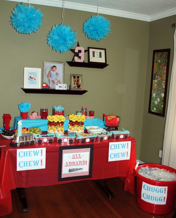 Birthday Table Presentation: Railroad Train Themed Birthday Party For 3 Year Old Boy