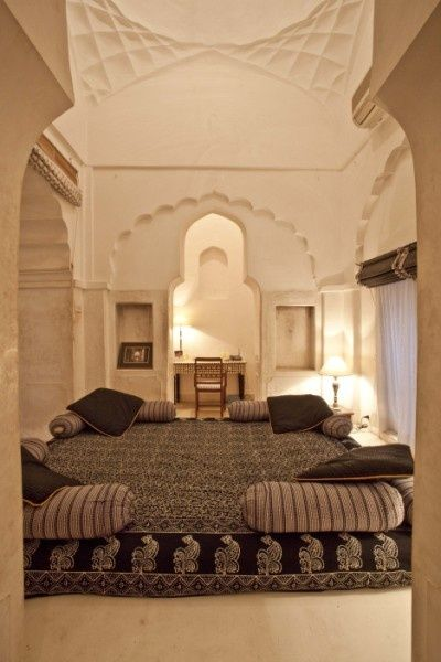 Beautiful exotic bedroom with incredible architectural for Beautiful bedroom interior