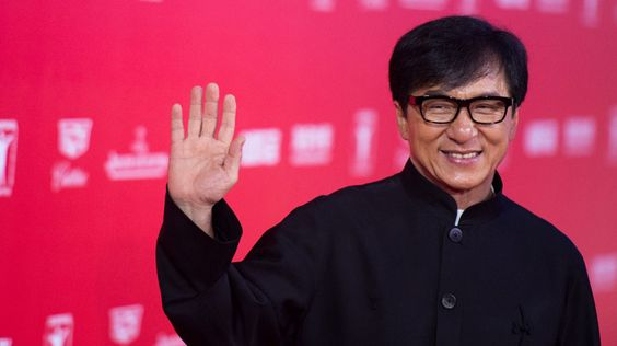 2 - Jackie Chan - 50 millions $ US