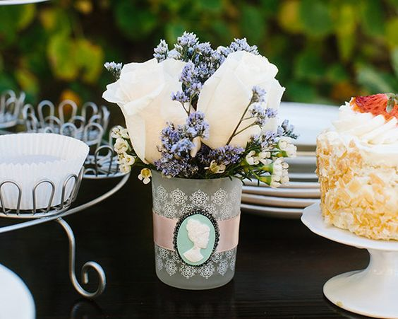 Gardens english and set of on pinterest for Victorian tea party favors