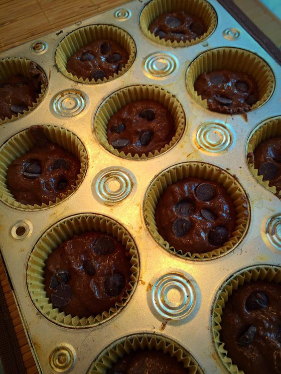 Sweet Treats! Flourless Brownie Muffins | You'll be surprised at the main ingredient! Recipe at http://michellekrill.com