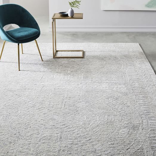 Hand Loomed Shine Rug Gray West Elm Farmhouse Style Rugs Farmhouse Rugs Rugs In Living Room