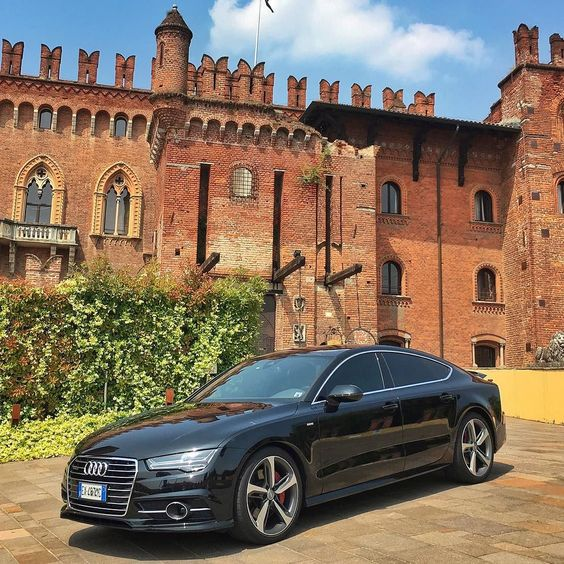 http://ift.tt/1S0vrTn  #vagueluxuryrent #vagueautonoleggio #vaguewedding #autonoleggio #auto #matrimonio #nozze #sposi #milano #monza #como #lecco #bergamo #vague #noleggio #rollsroyce #bentley #lamborghini #ferrari #porsche #maserati #limousine #transporter #luxury #rent #car #supercar #top #love #like  VAGUE Autonoleggio è un agenzia specializzata nel settore noleggio auto di lusso per matrimoni cerimonie ed eventi in genere servizi di noleggio con conducente trasferimenti aereoportuali…