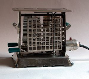 Electroweld Toaster - Circa 1922-1925 made in Linn Mass.
