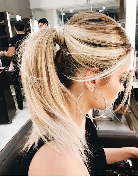 Puffy ponytail hairstyle