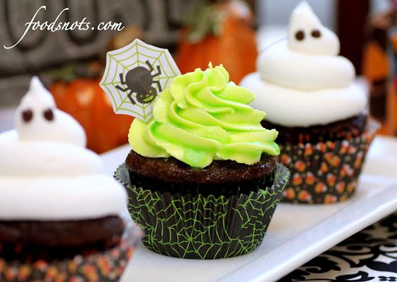 Glow in the dark frosting