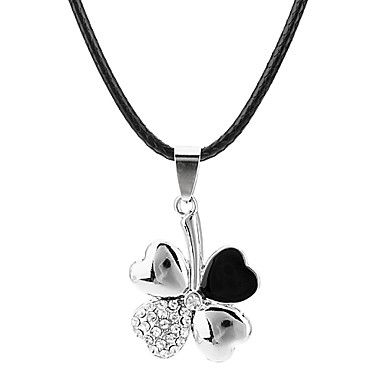 It's so cute.. but it doesn't really go with what i wear.. roestvrij staal, titanium diamant klaver ketting – EUR € 2.87