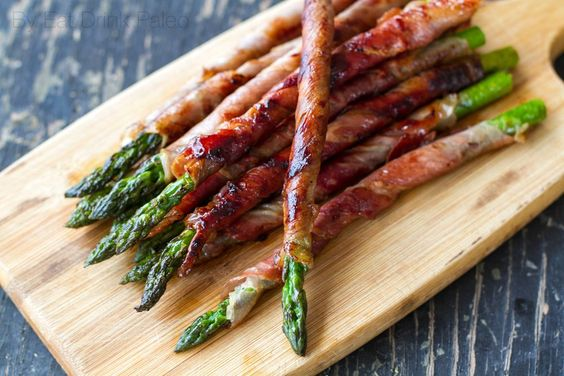 prosciutto wrapped asparagus recipe- 24 Tasty and Keto-friendly Recipes For Thanksgiving - OurMindfulLife.com