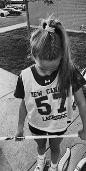 Pin By Lindzgug On Sports In 2020 Soccer Hair Game Day Hair Sports Hairstyles