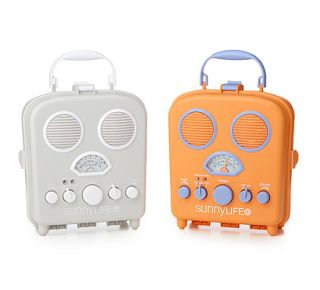 Keep your iPod, MP3, or smart phone safe from the beach elements and still rock your fave tunes.