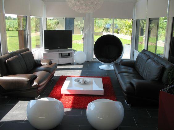 sol gris canap blanc accesoire rouge - Salon Design Sol Gris