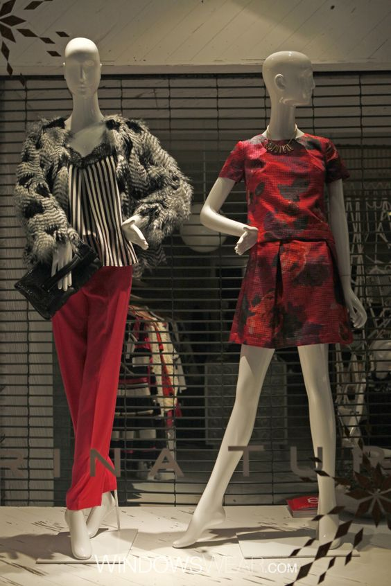Trina Turk showcasing Schlappi mannequins supplied by DK Display Corp in their NYC location.  #visual #merchandising #mannequin #schlappi