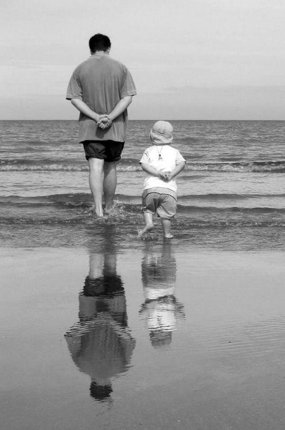 « Le rêve du héros, c'est d'être grand partout et petit chez son père.  » Victor Hugo