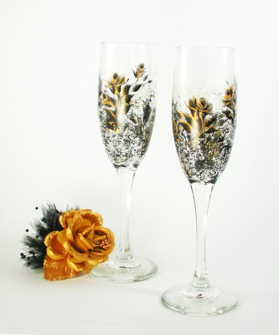 crystal hand painted champagne flute | Hand Painted CRYSTAL Champagne Flutes - Elegant Black and Gold Rose ...