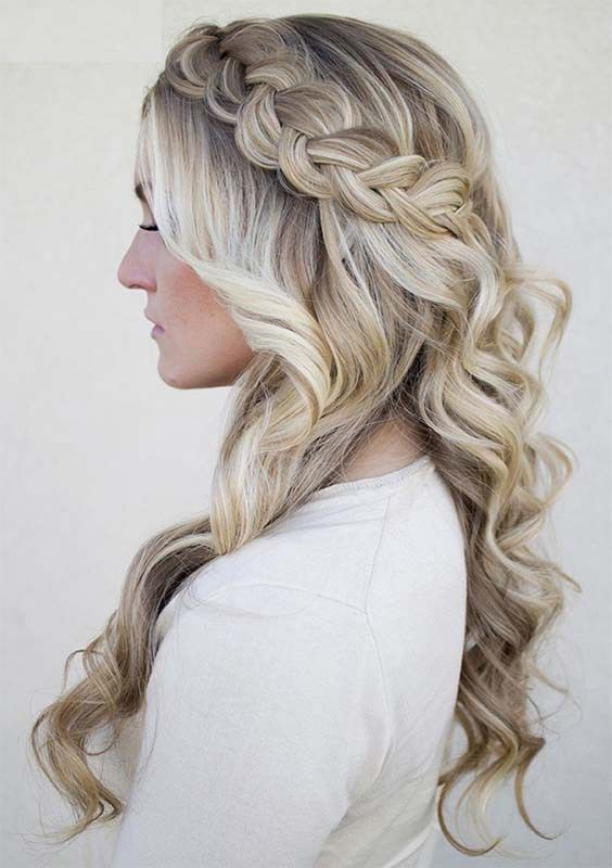 The Prettiest Half Up Half Down Hairstyles For Wedding Day You Really Need To Wear In This Year If You Can T Hair Styles Braids For Long Hair Long Hair Styles