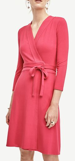 Chic wrap dress in pink