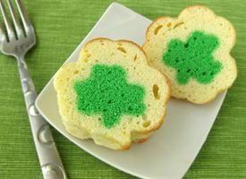 Mini Shamrock Reveal Pound Cakes Recipe