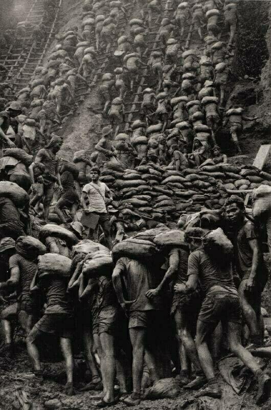 Sebastiao Salgado - Workers: